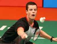 Must, Giuffre Fight into Second Round - Day 1: TOTAL BWF World Championships 2015
